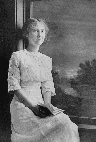 Mamie Eisenhower: First Lady and Humanitarian