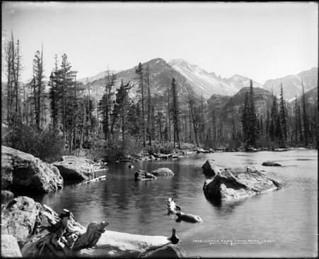 Longs_Peak_from_Bear_Lake