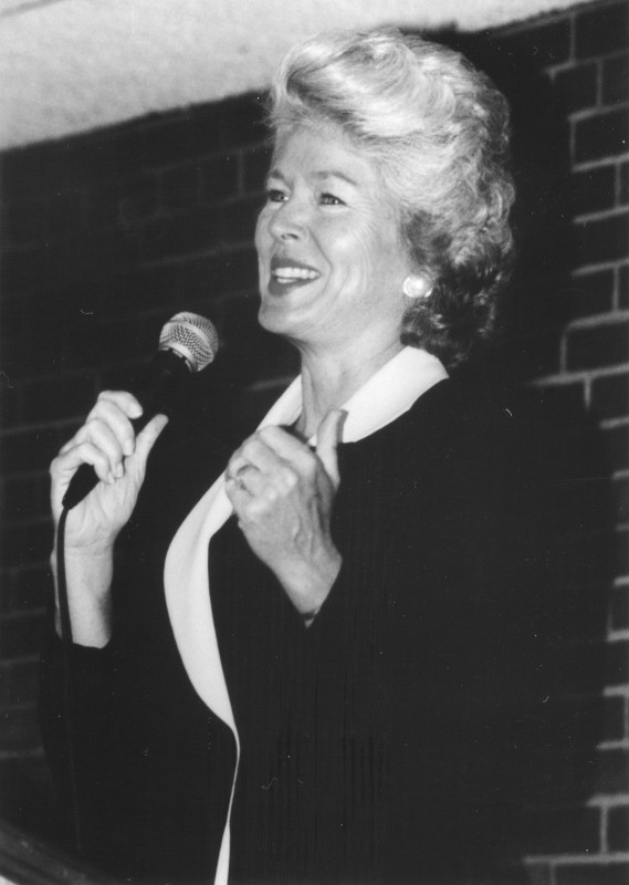 At National Speakers Association circa 1981(Credit: Brian Schwart on Wikicommons)