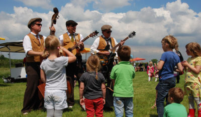Spotlight on Sharing: Celebrate Summer with Music and Dance